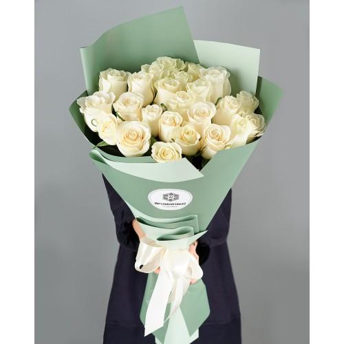 Купить на заказ Букет из 25 белых роз с доставкой в Есике