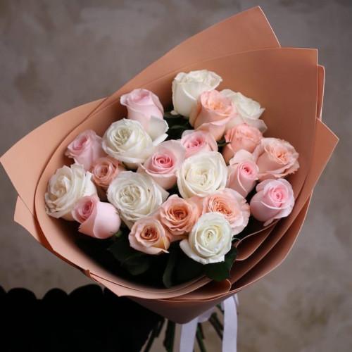 Купить на заказ Букет из 21 розы (микс) с доставкой в Есике
