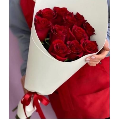 Купить на заказ Букет из 11 красных роз с доставкой в Есике