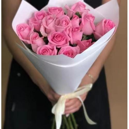 Купить на заказ 15 розовых роз с доставкой в Есике