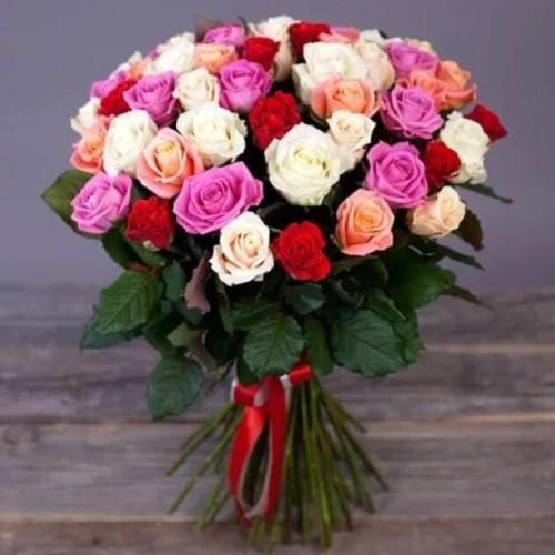 Купить на заказ Букет из 31 розы (микс) с доставкой в Есике