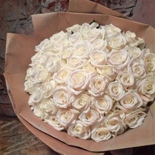Купить на заказ Букет из 101 белой розы с доставкой в Есике
